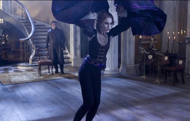 3D-фильм «Авраам Линкольн: Охотник на вампиров» – экранизация одноименной книги Сета Грэма-Смита