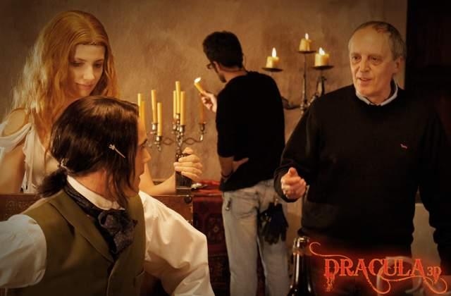 Кадры из 3D-фильма «Дракула 3D» («Dracula 3D»)