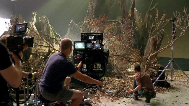 Режиссер 3D-фильма «Хоббит: Нежданное путешествие» – Питер Джексон