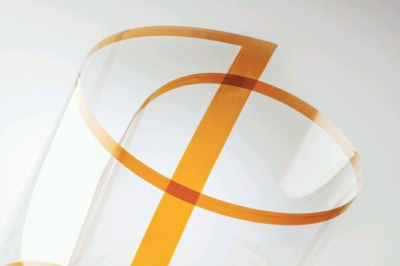 Corning и AGC: тонкое, легкое, гибкое стекло для дисплеев нового поколения