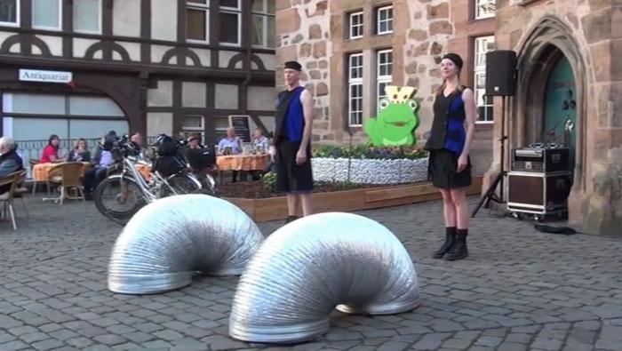 Marburger Frühling 2012: театральные импровизации на YouTube 3D