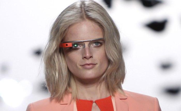 Показ очков дополнительной реальности Project Glass от Google на New York Fashion Week