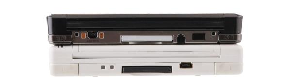 Nintendo 3DS в помощь покупателю Вид сбоку