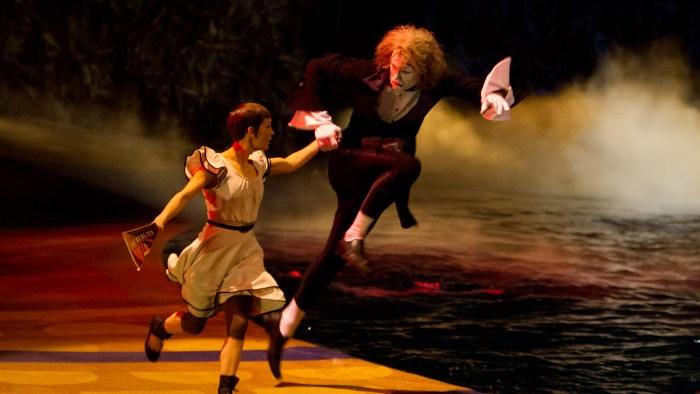 «Цирк Солнца покоряет мир» (Cirque du Soleil: Worlds Away): кадры к 3D-фильму