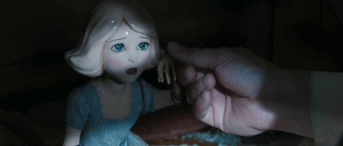 Фарфоровая Кукла (China Girl) - Джои Кинг (Joey King)