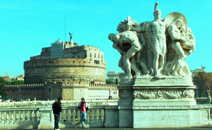 Стерео прогулка по Риму на YouTube 3D