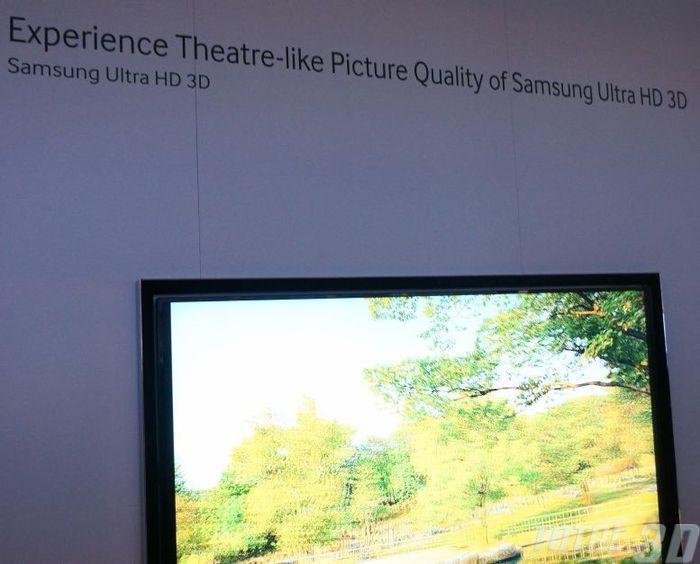 UHD 3D-ТВ Samsung на CES 2013