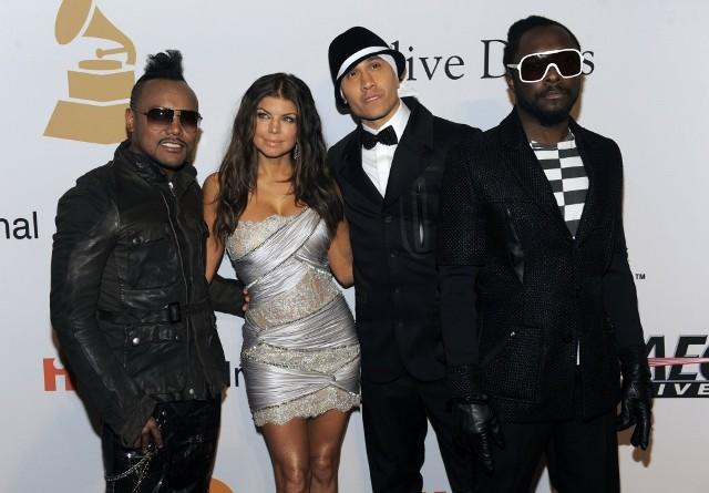«XOXOXO» от The Black Eyed Peas