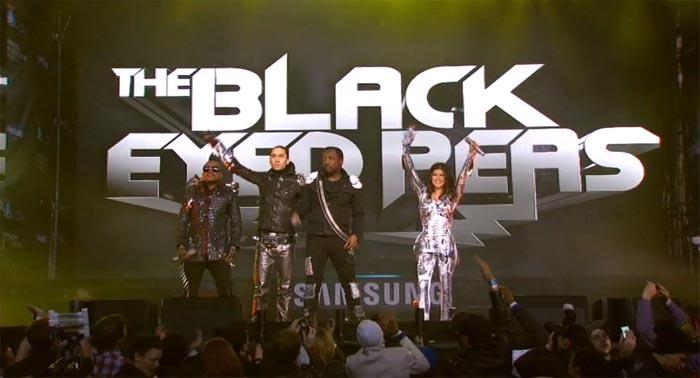 The Black Eyed Peas, Boys Like Girls, Girls' Generation, Super Junior и f(x) на YouTube стерео 3D