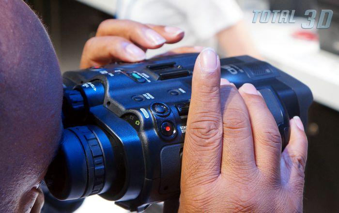 Защищённый цифровой 2D/3D-бинокль Sony DEV-50V