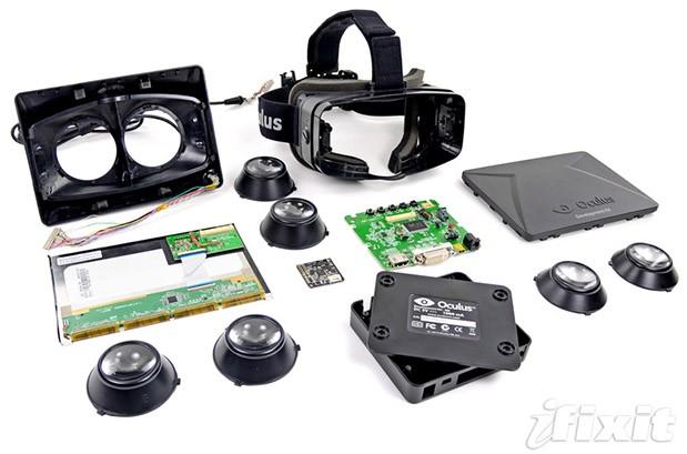 Полностью разобранный Oculus Rift