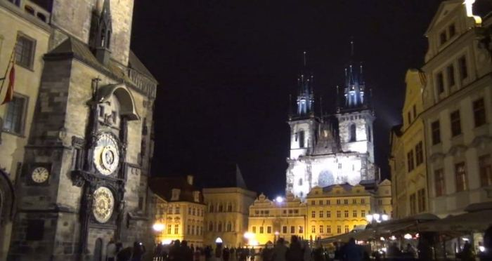 YouTube стерео 3D: трёхмерная прогулка по Праге