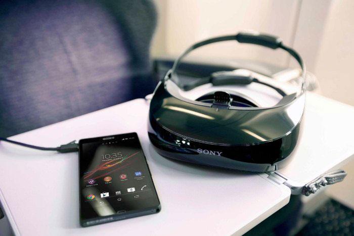 Персональный дисплеей Sony HMZ-T3W: III поколение скоро в России