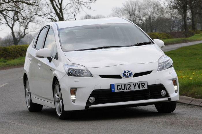 3 Drives 3D: третье поколение Toyota Prius на YouTube стерео 3D