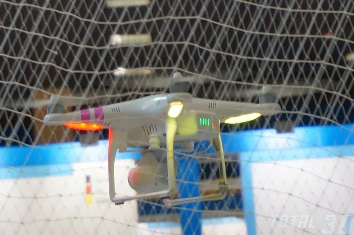 CES 2014: беспилотные дроны DJI для воздушной фото и видеосъёмки