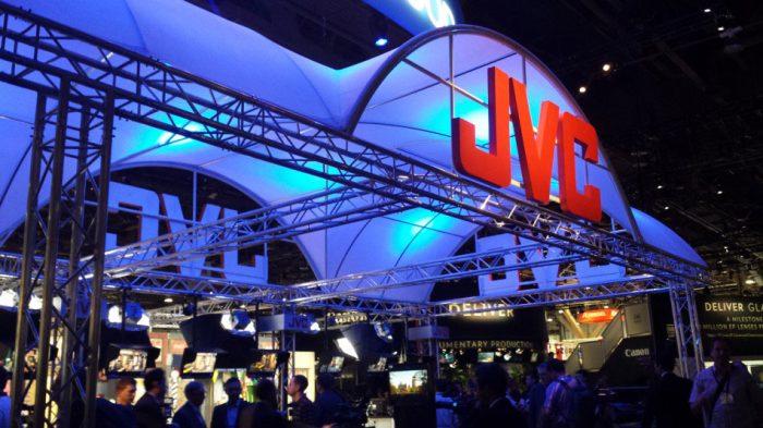 Компактные камкордеры JVC для профессиональной 4K-видеосъёмки