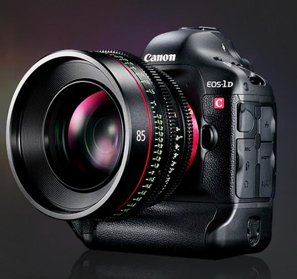IMAX отобрала цифровые кинокамеры Canon EOS C500 EF, цифровые фотокамеры Canon EOS 1D-C, а также ряд объективов серий Canon Cinema Zoom и Prime