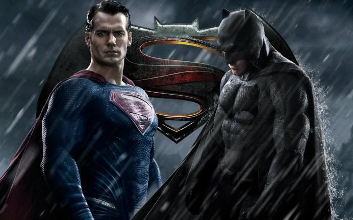 Отдельные фильмы про Супермена и Бэтмена