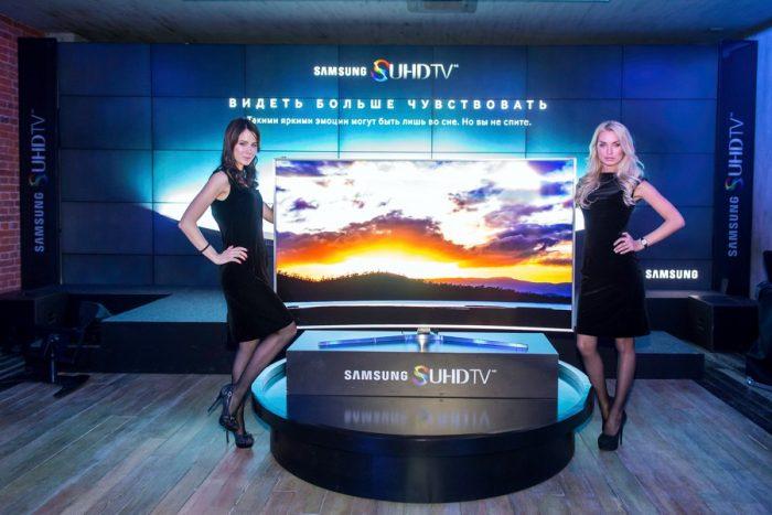 Samsung начинает российские продажи премиальных изогнутых Smart TV SUHD телевизоров серий JS9500, JS9000 и JS8500