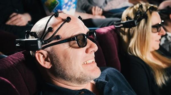 Просмотр 3D-фильмов влияет на активность мозга