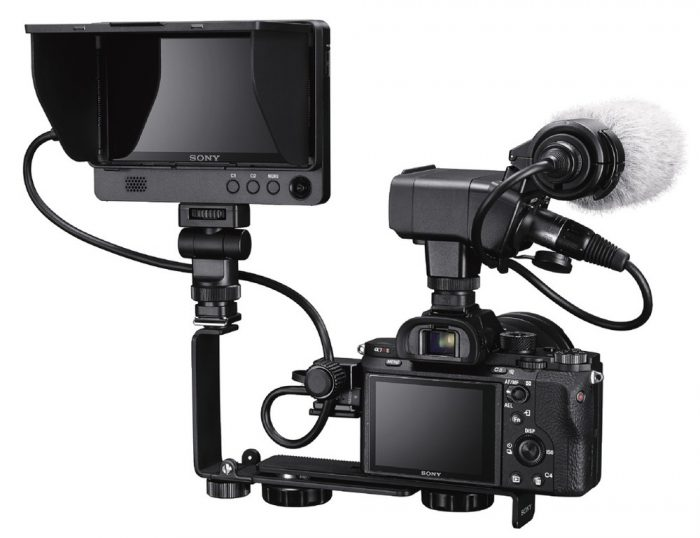 Камера Sony A7RII (ILCE-7RM2) и внешний ЖК-экран CLM-FHD5