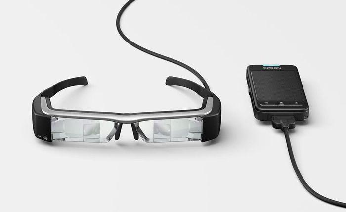 CES 2014: прототип очков дополненной реальности Epson Moverio BT-200